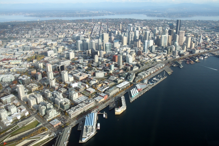 Aerial_Downtown_Seattle_November_2011_-_2